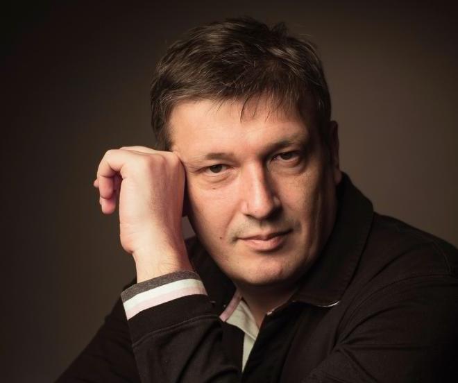 В Большом зале Филармонии выступит пианист Борис Березовский_5f911f3b6d19d.png