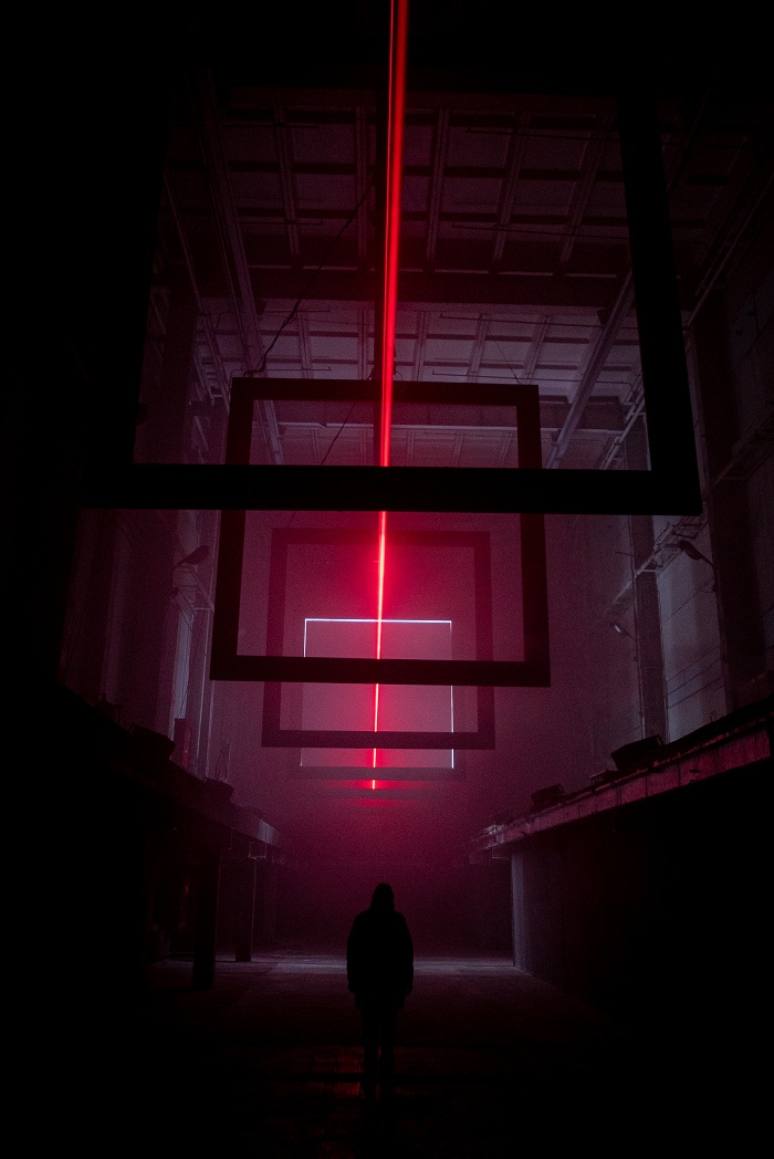 Дуэт 404.zero представит инсталляцию ARRIVAL в Санкт-Петербурге_5fdc4282d4d4a.jpeg